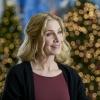 Elizabeth_Mitchell_The_Christmas_Club_Still_01