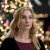 Elizabeth_Mitchell_The_Christmas_Club_Still_02