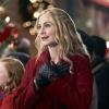 Elizabeth_Mitchell_The_Christmas_Club_Still_13